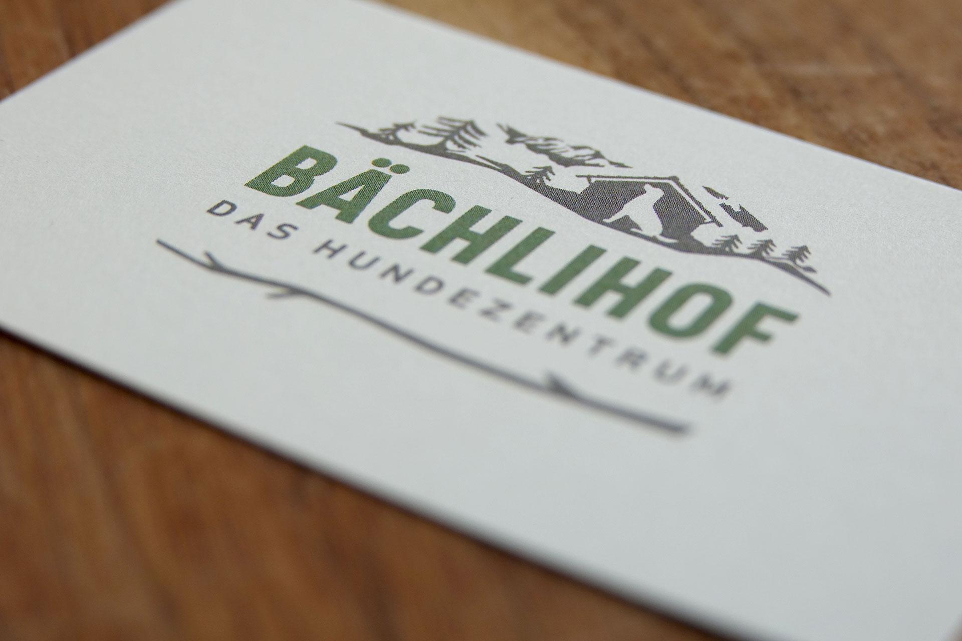 Baechlihof_Hundezentrum_Visitenkarte.jpg